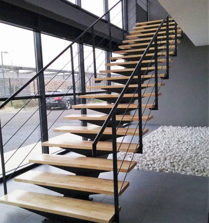 các mẫu cầu thang sắt đẹp